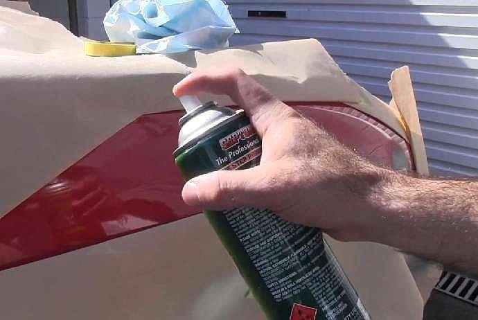 Окраска аэрозольной краской металлической поверхности