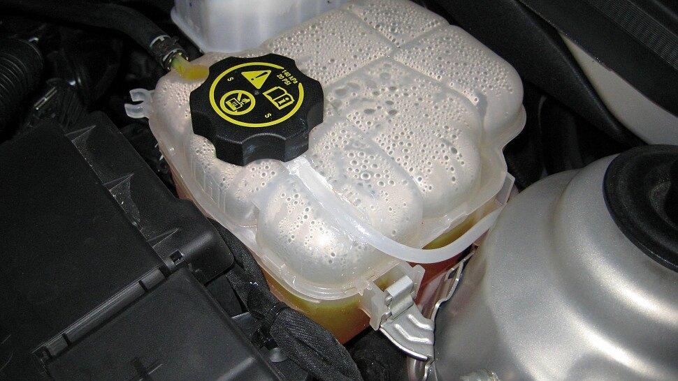 Как взаимосвязаны качество антифриза и долговечность двигателя?